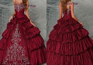 Robes mariee sur bordeaux
