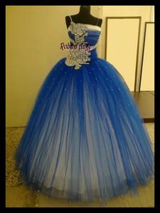 f602e4f6995 Robe de princesse bleu et blanche - Boutique robe-d-ange.wifeo.com
